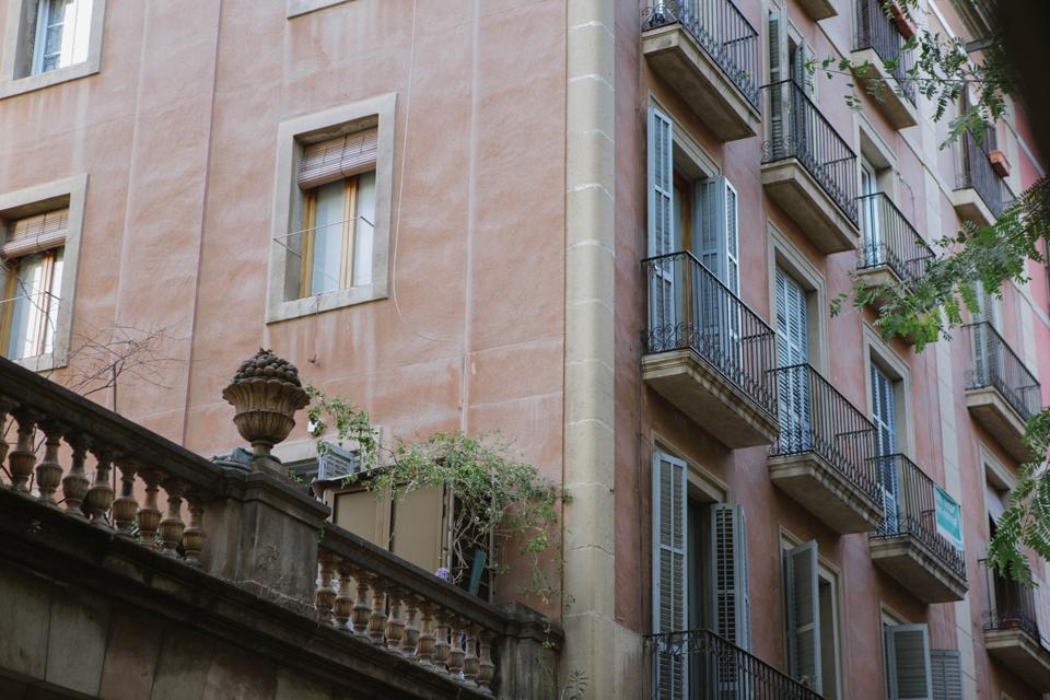 Streets of Barcelona - Lena Karelova Photography