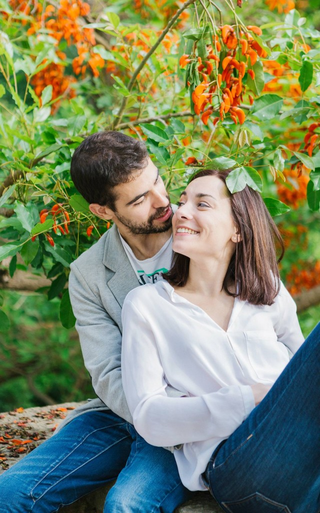 Engagement photography in Barcelona, Spain. Lena Karelova - destination wedding photographer. Barcelona photographer