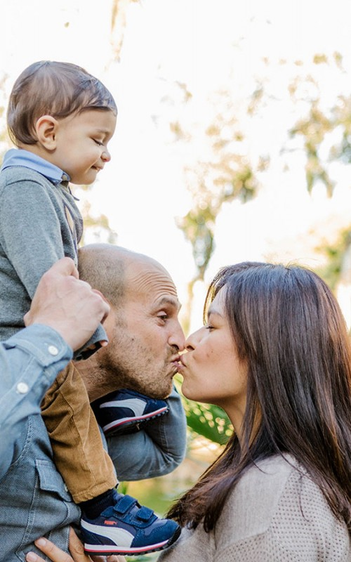 Lovely family photo shoot in Ciutadella Park