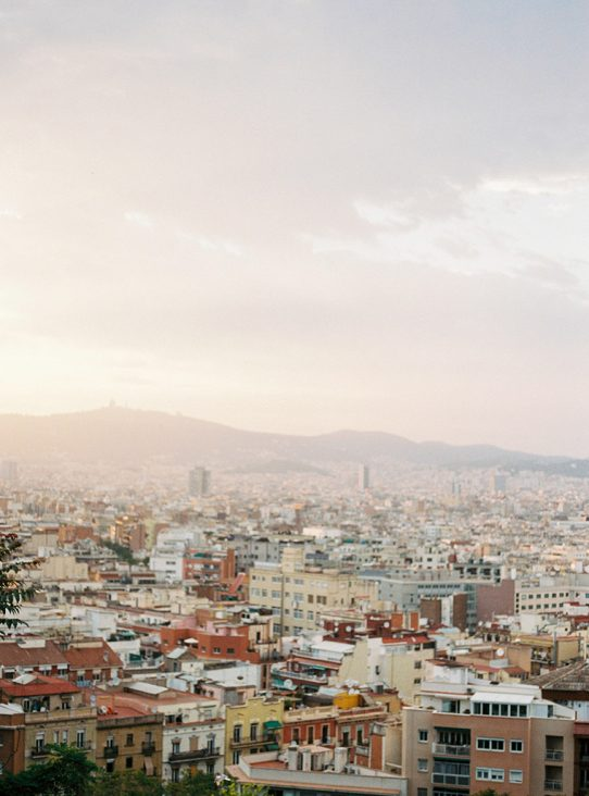 Barcelona landscape| Engagement couple photoshoot | Film Photographer Barcelona | Lena Karelova Photography
