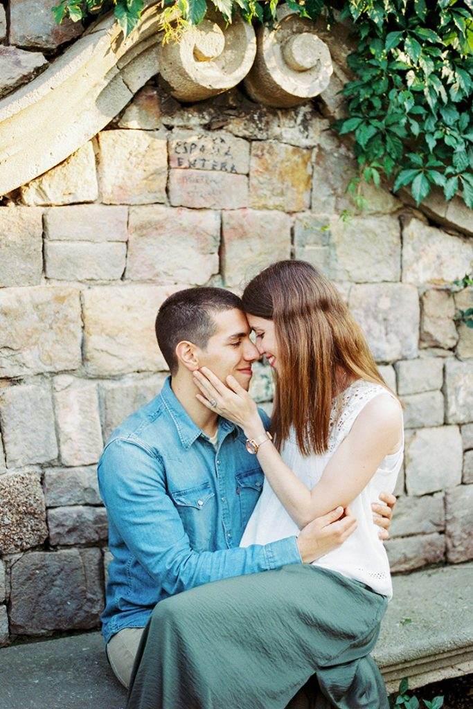 Couple photoshoot on Montjuic Barcelona | Engagement couple photoshoot | Film Photographer Barcelona | Lena Karelova Photography