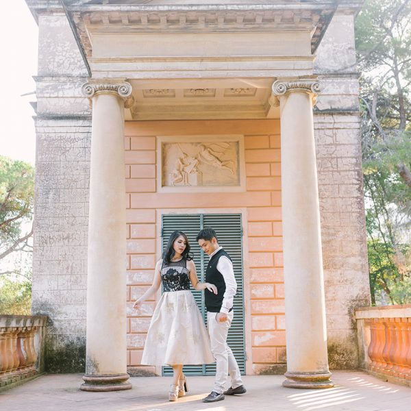 Elegant Engagement at Labyrinth Park