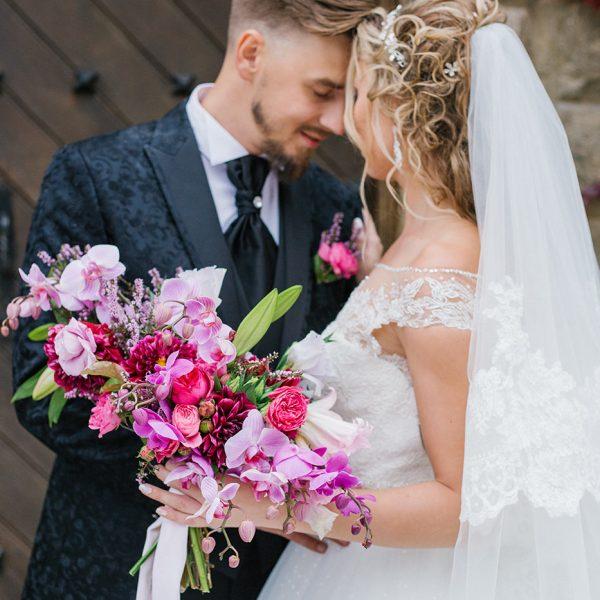 Intimate wedding at La Baronia
