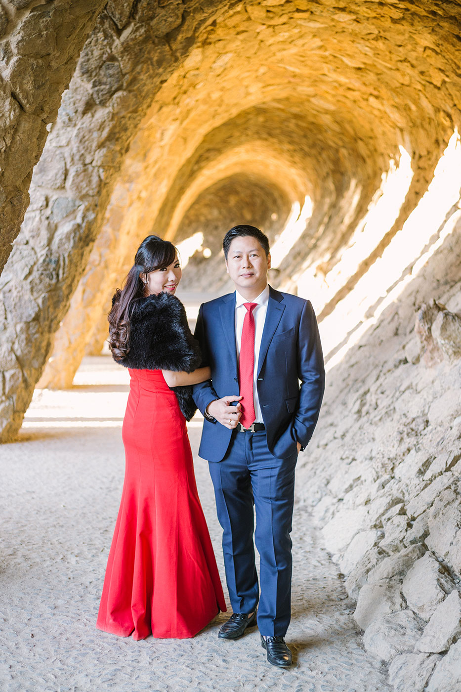 Barcelona Park Guell engagement photography | Barcelona Wedding Photographer | Lena Karelova Photography | Barcelona Film Photogrpher