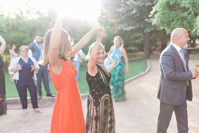 Happy dancing guests | Wedding at Torre Sever | Destination Wedding Photographer Barcelona