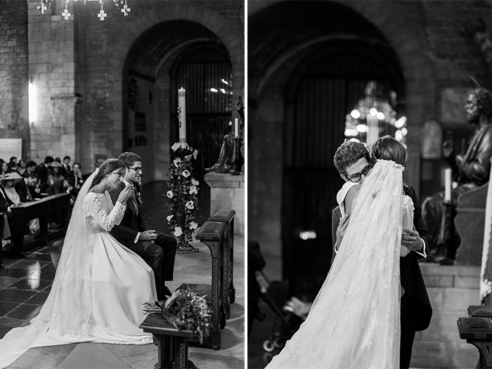 Sencere emotions at the ceremony | Monastery Sant Pere de Puelles |Wedding at Mas Vidrier | Destination Wedding Photographer Barcelona