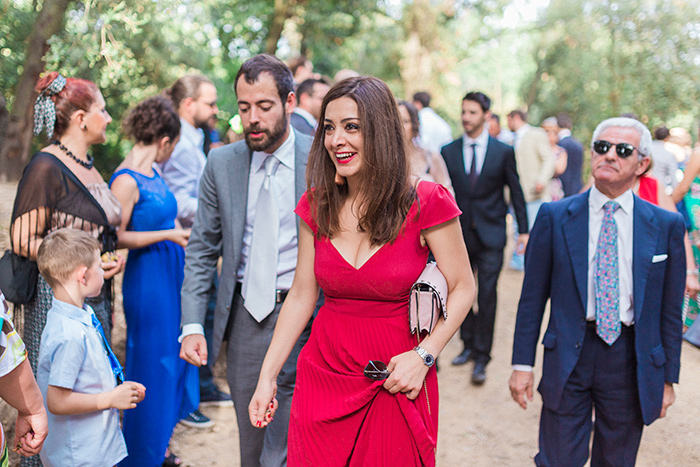 Smiling guests | Wedding at Torre Sever | Destination Wedding Photographer Barcelona