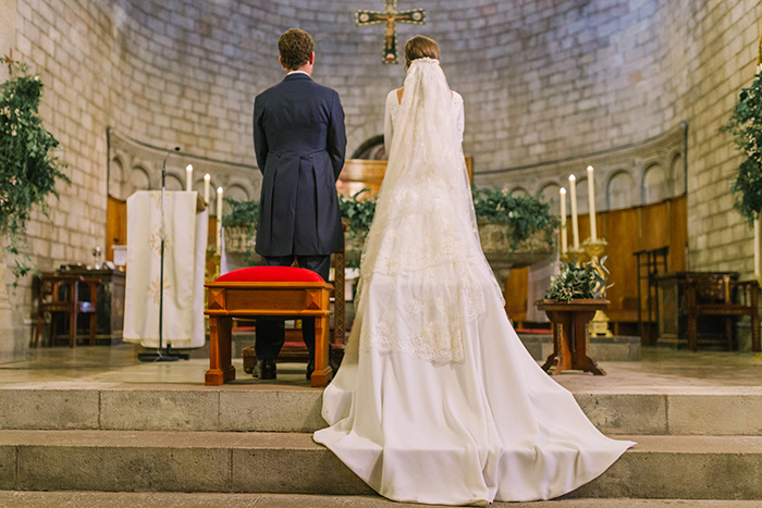 Monastery Sant Pere de Puelles |Wedding at Mas Vidrier | Destination Wedding Photographer Barcelona