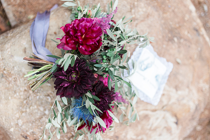 Wedding bouquet | Wedding at Torre Sever | Destination Wedding Photographer Barcelona