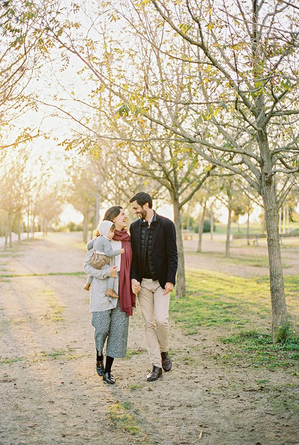 Fotografía de família en Barcelona | Lena Karelova Fotografía familiar | Kodak Portra 400