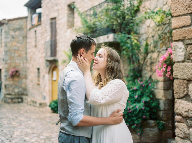 Couple in love | Elopement Photographer Barcelona | Lena Karelova Wedding and Lifestyle Photographer
