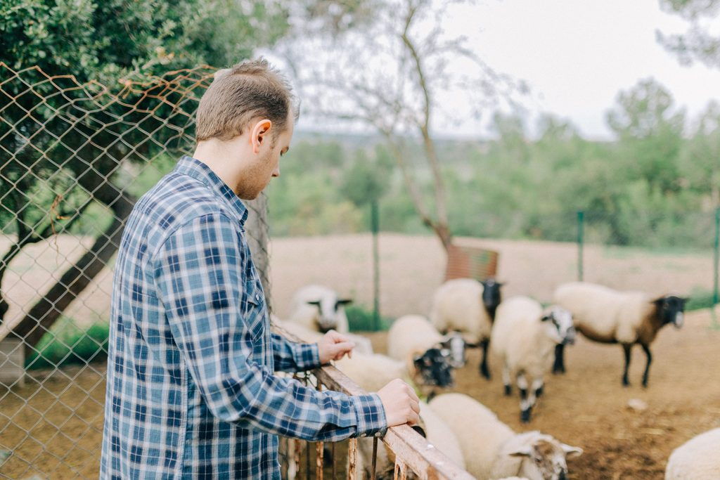 Rustic Farm Engagement Session in Spain | Lena Karelova Photography